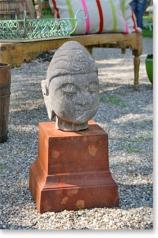 Gartenskulptur, Buddhakopf