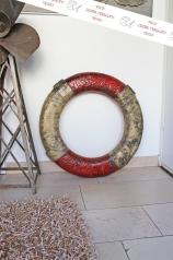 Alter Rettungsring, rot-weiß, * € 89,- *