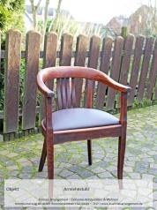Antiker Armlehnstuhl, Eichenholz