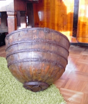 Antiker Holzbehälter, Asien