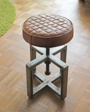 Dreh-Hocker Industriedesign