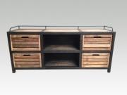 Ein Sideboard, Industriedesign