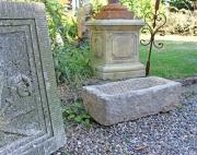Ein Trog, Kalkstein
