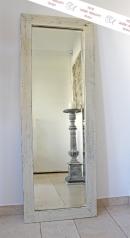 Ein großer, Landhaus Spiegel, Altholz
