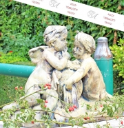 Gartenskulptur, Flüsternde Putti, Eisenguss