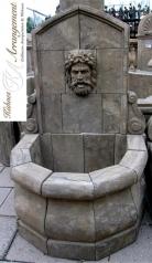 Kleiner Wandbrunnen mit Wasserspeier, Blaustein