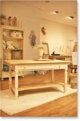 Küchentisch, Weichholz, antik weiss