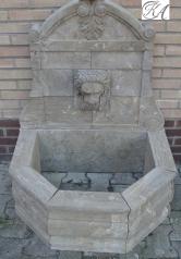 Wandbrunnen, Löwenkopf, Blaustein